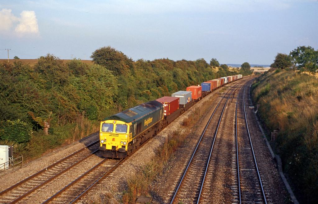 At Moreton 66538 on the 4M99 from Southampton to Garston.