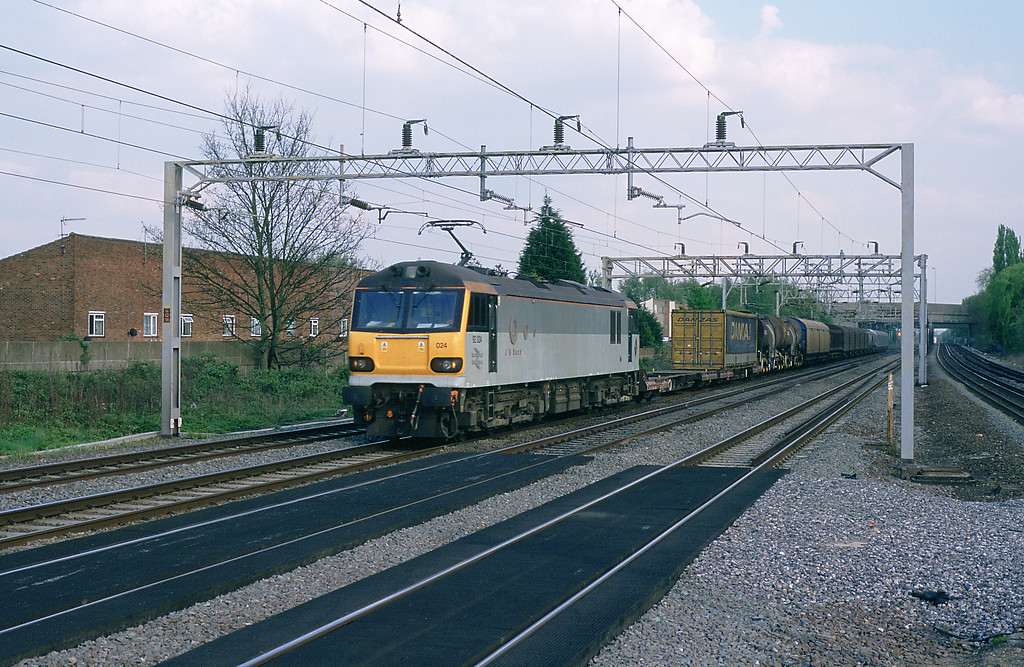 On April 22nd 92024 J S Bach passing Headstone Lane on the Wembley to Mossend wagonload service.