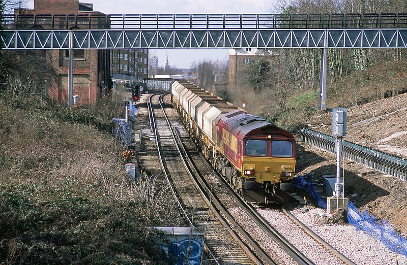 Another regular at the time was the Brett 6Y94 Purley to Cliffe, this time with pioneer 66 up front.