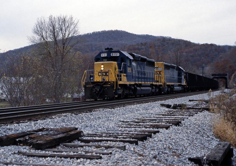 Final picture of the day, the coal train seen earlier east of Garrett crossing Wills Creek in Hyndman
