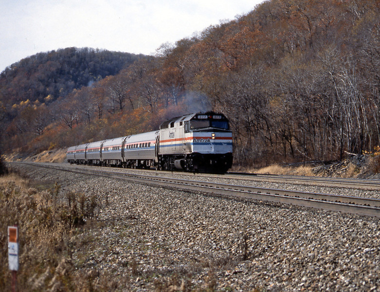 After finding the local Hertz rental car depot I was off up the mountain for a picture of the eastbound Pennsylvanian, the day train from Pittsburgh to Philadelphia and New York. An F40PH, almost universal on Amtrak services away from the NEC, was up front