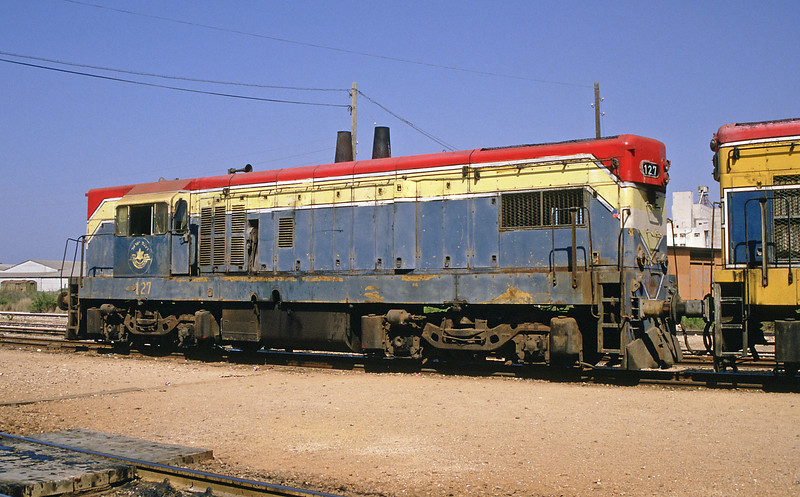 127 is a bog standard G12 with one exception, it was originally delivered to Egyptian Railways in 1960 and was captured in the 1967 Six Days War.