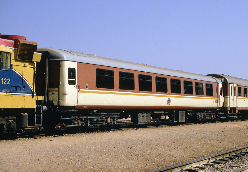 The Mk 2c provided 1st class on the Tel Aviv to Haifa trains although they were 2nd class in BR terms. Inside they retained the blue moquette of BR days but included fans attached to the luggage racks above each seat and louvre windows. Steps were fitted for the low level platforms and (hallelujah) inside door handles!