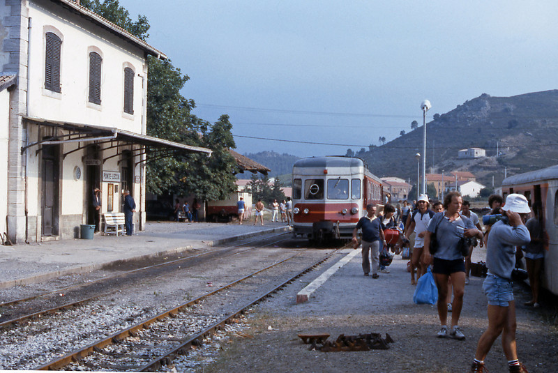 At Ponte Leccia we connected with the afternoon Ajaccio to Bastia train, Calvi bound passengers pack into the trailer. A refurbished ABH8 forms the mainline service.