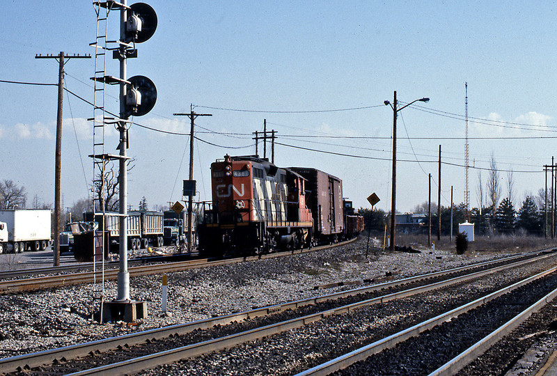 GP9 4381 on a local freight at Burlington West.
