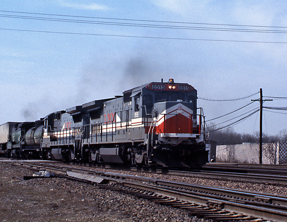 Another eastbound piggyback train, this time with an all GE consist up front, two LMX B39-8s up front, the fuel tender and another cabless B30-7A bringing up the rear. I really liked the LMX units, although they didn't serve BN and BNSF for very long, 8515 was retired in 2001 after 13 years service.