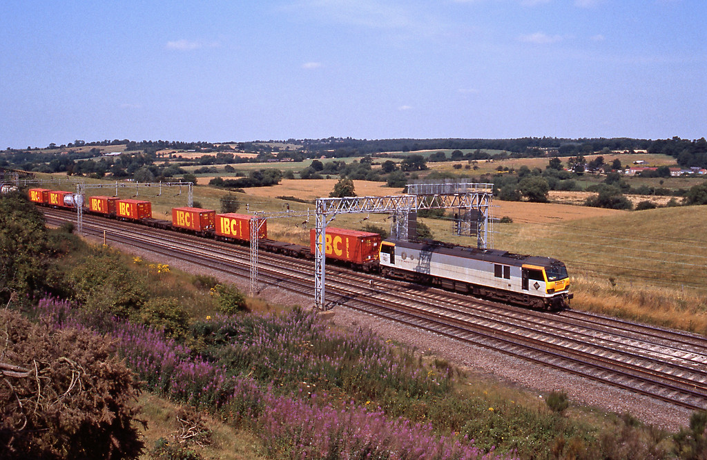 On August 5th the 4A10, 10:38 Trafford Park to Wembley passing Old Linslade with Channel Tunnel traffic