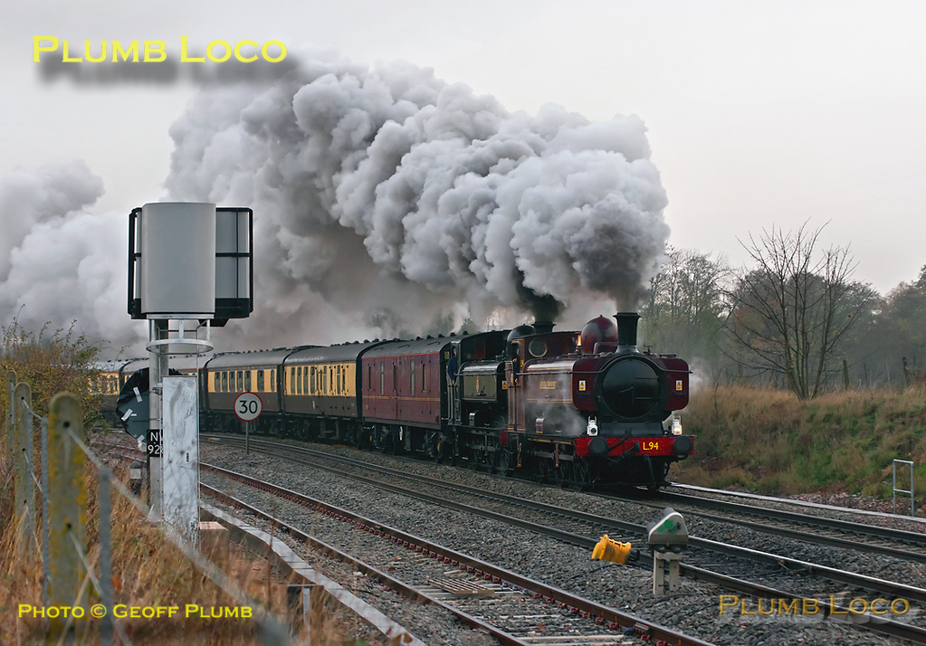 GWR 0-6-0PT Pannier Tanks Nos. 7752, running in its final form as L94, and 9600 are at the head of 1Z52, the 09:15 from Tyseley Warwick Road to Leicester and return via a somewhat circuitous route. They have just passed Whitacre Junction at Shustoke, en route to Nuneaton at 10:32, running around 15 minutes late on the dull morning of Saturday 19th November 2011. Digital Image No. GMPI10630.