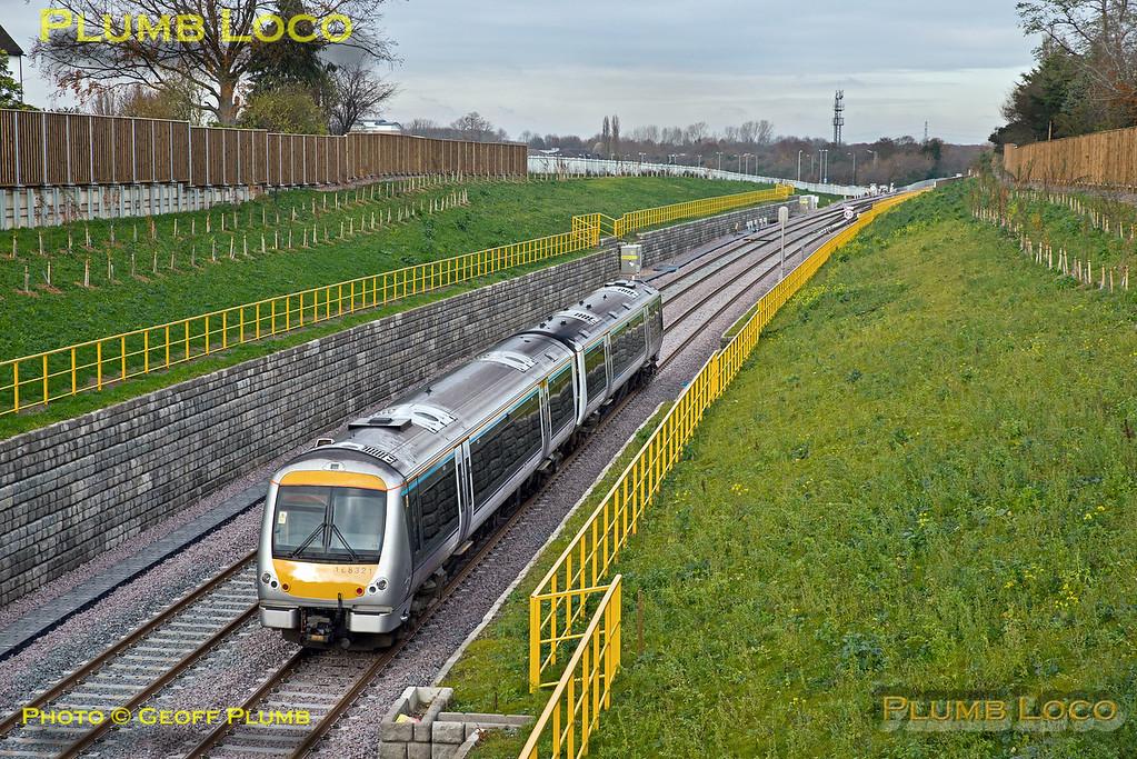 168 321, Wolvercote Tunnel, 5Z21, 23rd November 2016