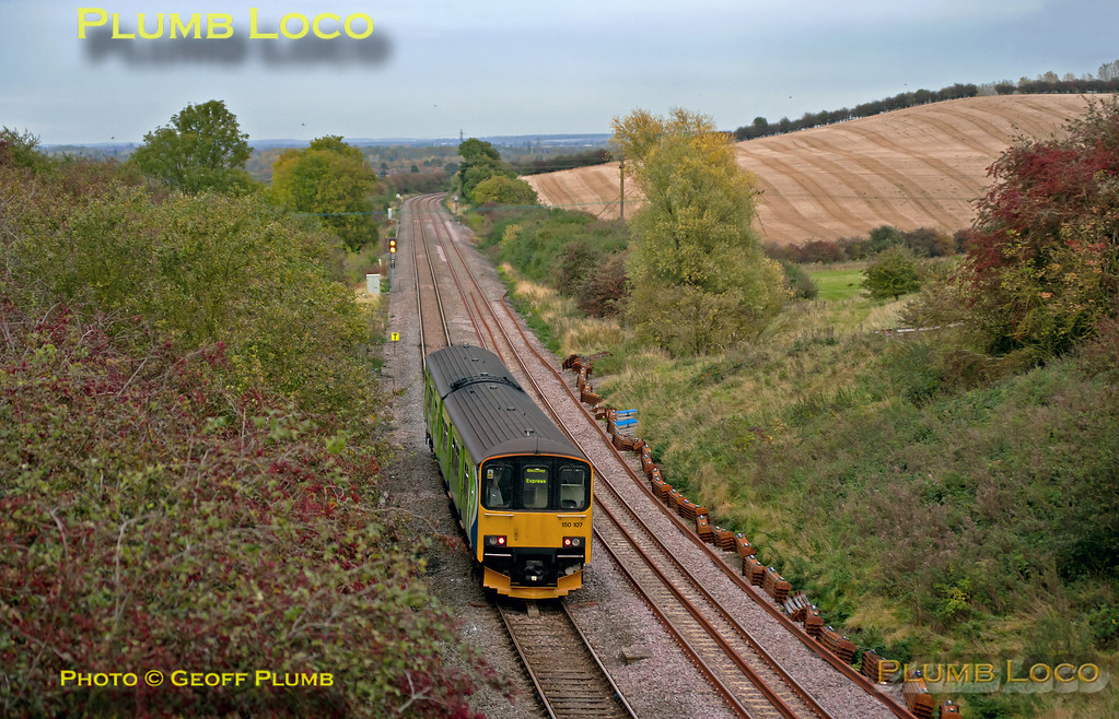 Having stopped at Ridgmont station at 17:04, 150 107 is now en route to Bedford on Brogborough Bank with 2S23, the 16:47 from Bletchley. 17:05, Saturday 20th October 2012. Digital Image No. GMPI12675.