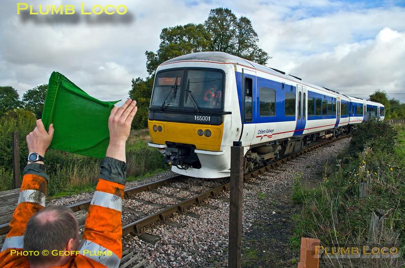 165 001, Horsenden Lane Level-Crossing, 1Z02, 5th October 2013