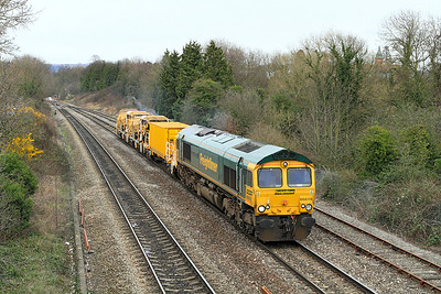 66619 with 6Z26 10.20 Rugby Depot to Taunton Fairwater Yard stock move comprising of 92701; 92275 & 92276.
