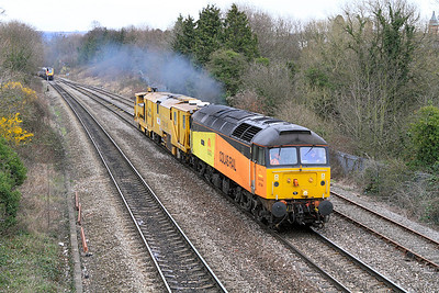 47749 with Stoneblower DR80201 head to Eastleigh from Rugby as the 6Z47.