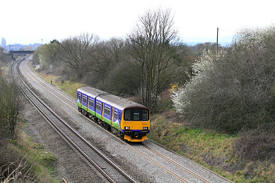 Ex Silverlink 150128 heads towards Cheltenham at Badgeworth.