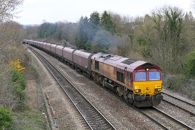 66094 powers past Hatherley Loop in charge of 31 HTA's loaded with coke as the 6V67 03.53 Redcar to Margam.