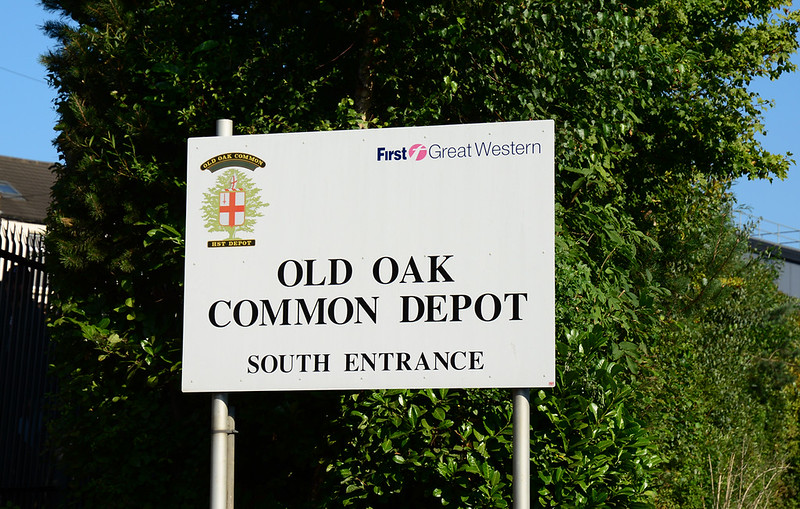 Old Oak Common Depot sign 02/09/2017. An excellent event, blessed with perfect weather. A fitting tribute to all who have worked at the depot up until its closure in 2018.