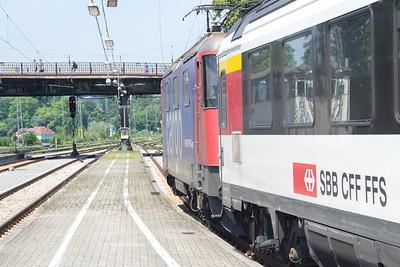 Re421-394 departing Lindau