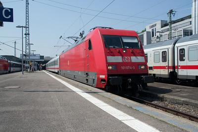 101-074 at Stuttgart Hbf 03 Jul 2015