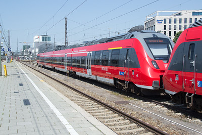 New EMUs at Munich Hbf
