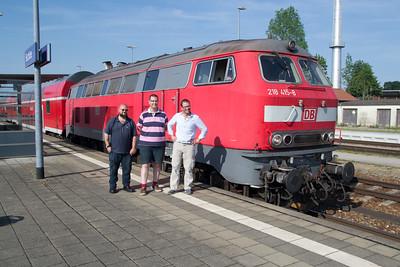 Mike Cort, Jon Dul and John Looker keeping 218-415 company at Buchloe on 03 Jul 2015