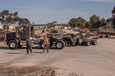 Nine axle trailer for the locomotive