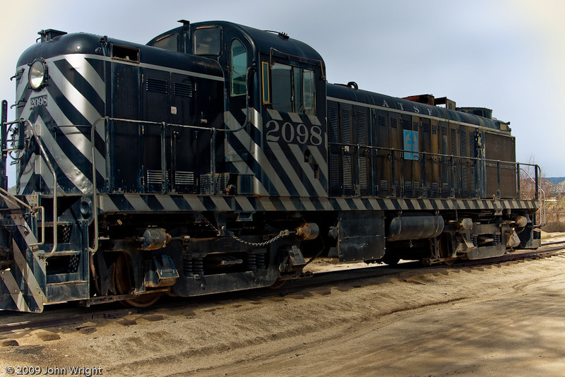 Santa Fe 2098, an ALCO (American Locomotive Company) RS-2 road switcher, built in 1949