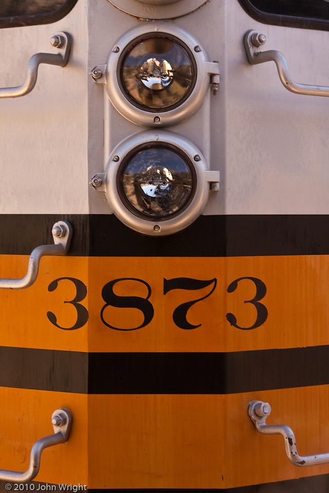 SP3873