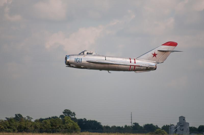 MiG-17F SOVIET JET FIGHTER