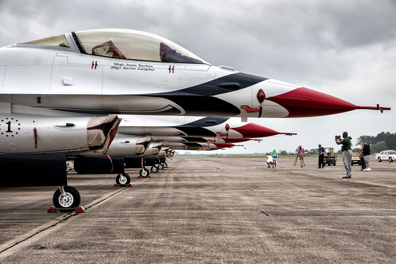 The United States Air Force Thunderbirds -  F16 Fighting Falcons