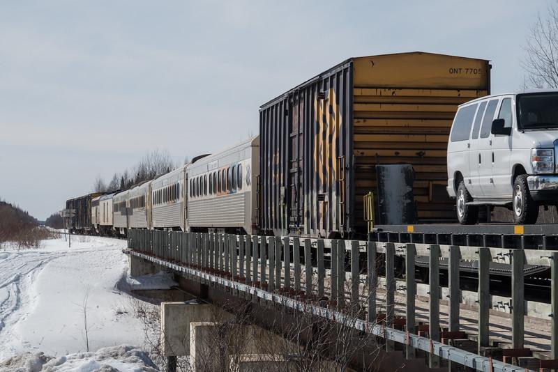 Polar Bear Express arriving in Moosoinee.