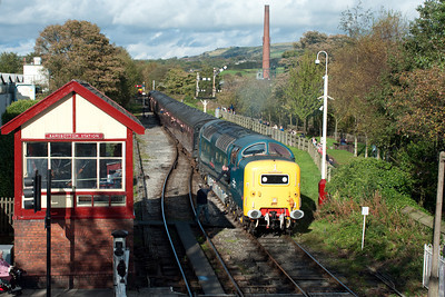 "55022 ""Royal Scots Grey"" approaches Ramsbottom with the 14.26 Rawtenstall-Heywood 16/10/11."