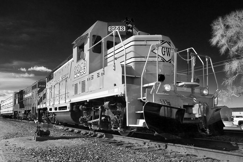 Great Western GP7 makes for a great pseudo-infrared photo in North Yard, Fort Collins. ©2005 Robert Sobol. All rights reserved.