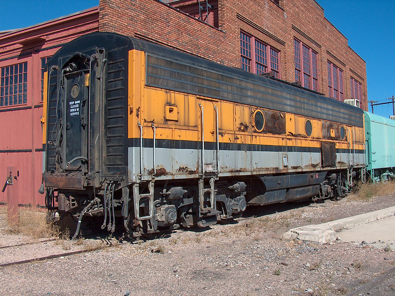 DRGW F9B 5763 outside the Cheyenne roundhouse.