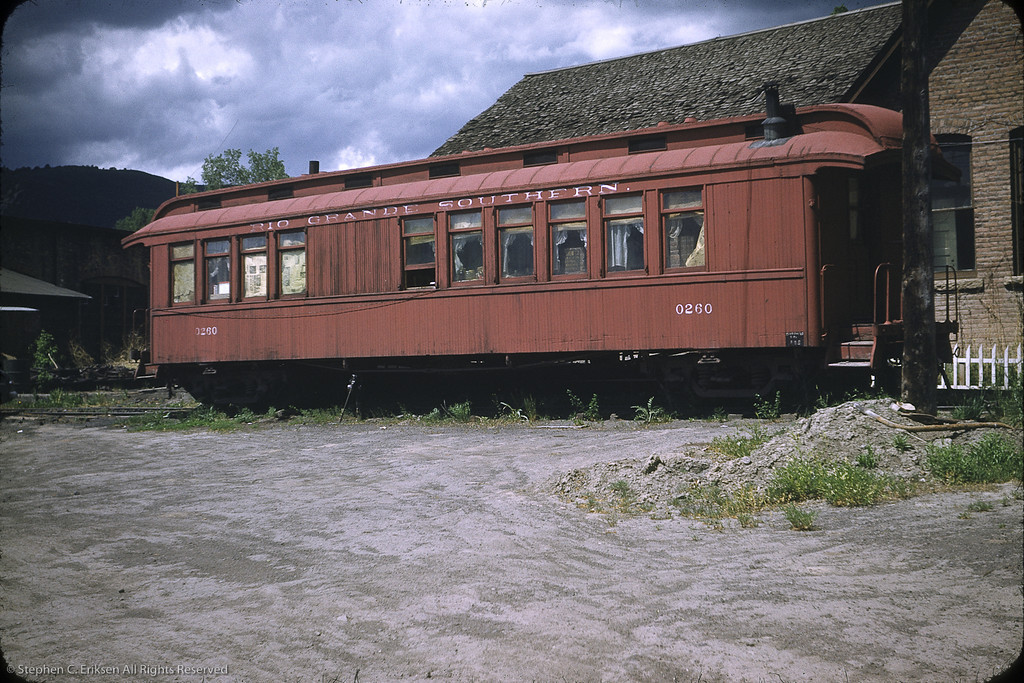 Coach 260 at Ridgway in June 1953