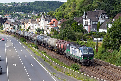 ELL's Vectron 193 229 on hire to Rutalbahn Cargo heads a southbound train of tanks past Dattenberg. Tuesday 4th July 2017.