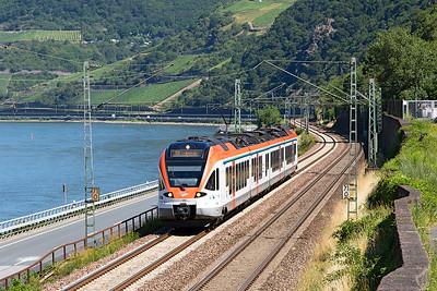 VIAS ET 403 428 137 passes Assmannhausen forming a Koblenz to Frankfurt service. Wednesday 5th July 2017.