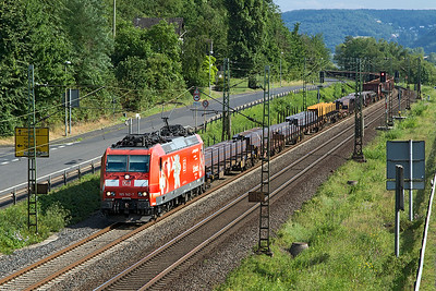 185 142 passes Dattenberg with a northbound mixed freight. Tuesday 4th July 2017.