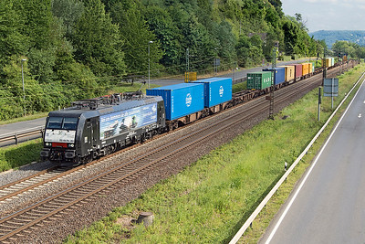 189 281 heads a northbound Intermodal service passing Dattenberg. Tuesday 4th July 2017.