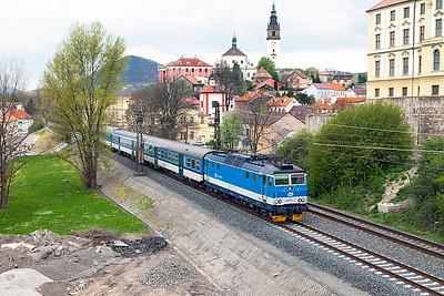 163 077 'Lenicka' arrives at Litoměřcíe město heading 6413 14.03 Ústí nad Labem to Lysá nad Labem. Tuesday 19th April 2016.