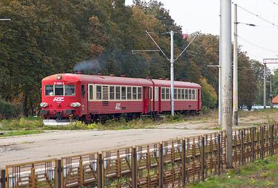 Regiotrans Ex SNCF Caravelle 2 car DMU 97-0584 arrives at Brasov forming the R14710 12.10 from Zarnesti. Thursday 26th September 2013.