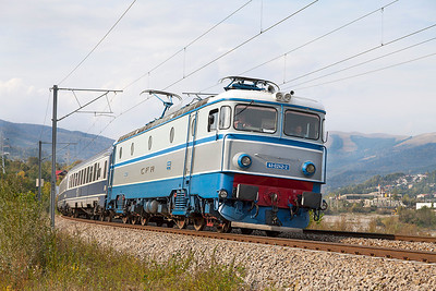 41-0242 is between Cormarnic and Breaza Nord with R3006 14.30 Brasov to Buchuresti Nord stopping service. Thursday 26th September 2013.