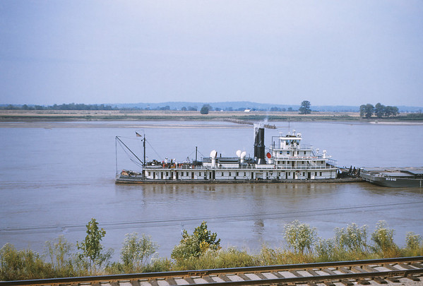 MSCL 6 - Sep 7 1954 - towboat  barges on Mississippi River Rockwood ILL