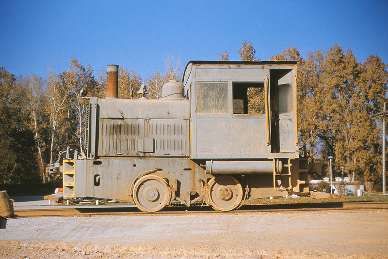 MSCL 13 - Nov 7 1954 - Whitcomb locomotive at Alpha Cement Plant