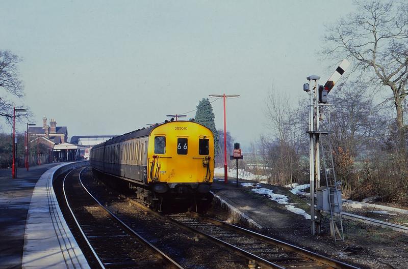 Class 205 DEMU 205010 departs Lingfield before electrification