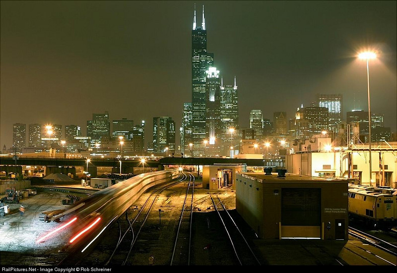 Metra suburban threads its way into Chicago's Union station.