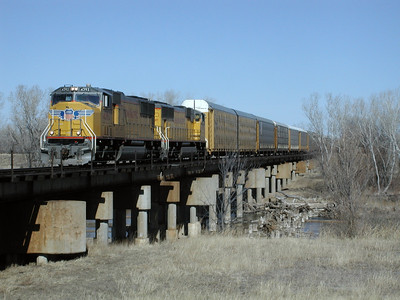 UP train crossing Arkansas River at Hutchinson, Kansas