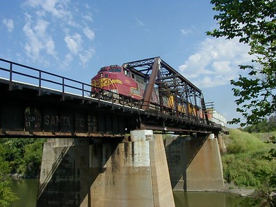 BNSF train crossing Walnut River - Winfield, KS