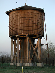 Wood Frisco water tower at Beaumont, KS