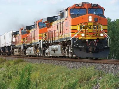 BNSF train in northeast Sumner County, Kansas