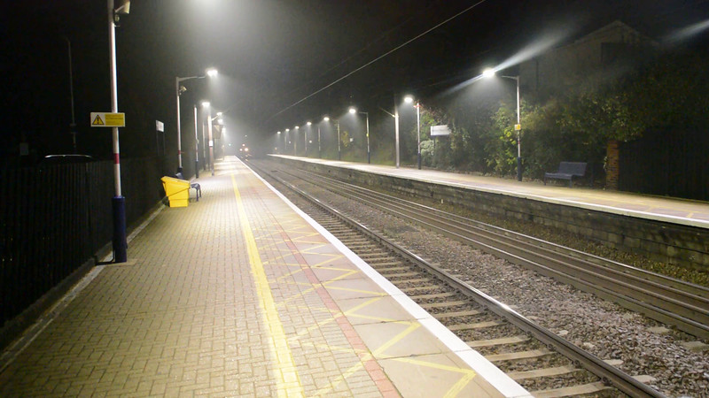 66118 tnt 66133 2257/6G08 Doncaster Belmont-Finsbury Park passes Welwyn North  31/10/15.